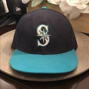 Seattle Mariners Fitted Hat